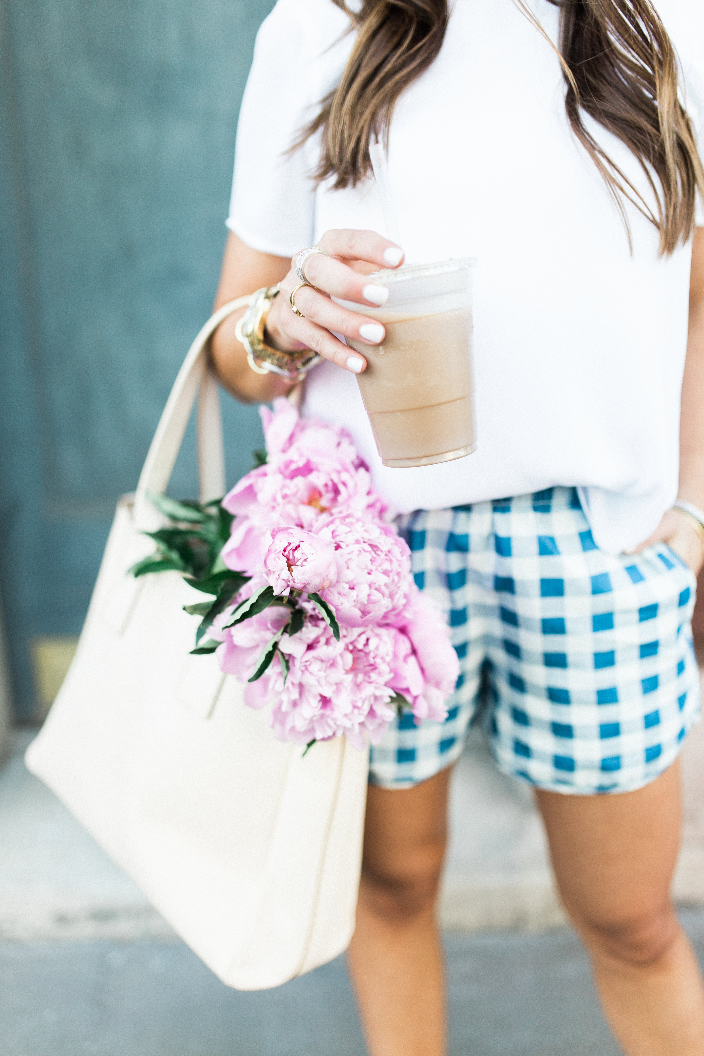Simple outfit to copy / gingham shorts