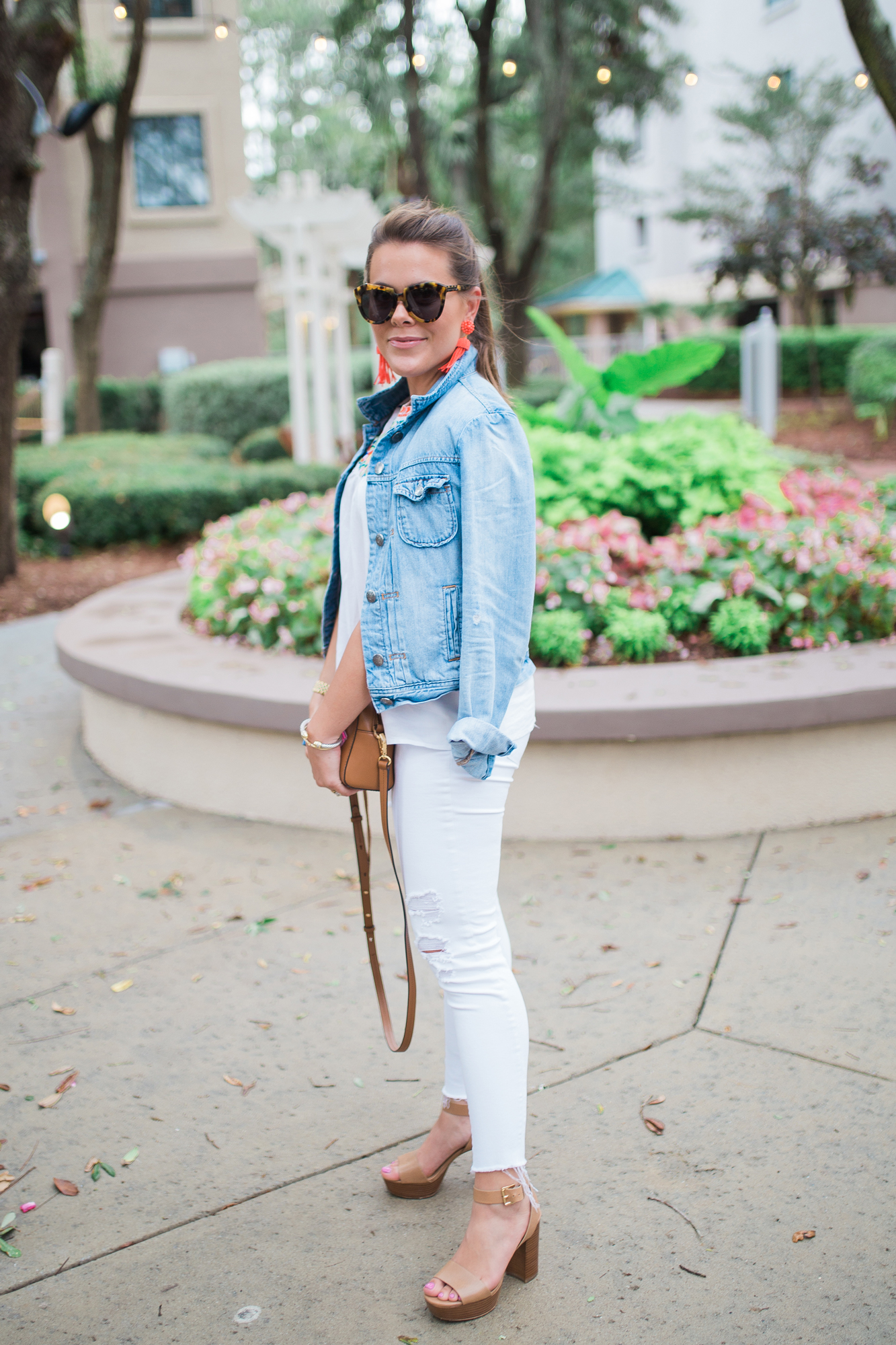 Embroidered Tank Top / Distressed White Jeans