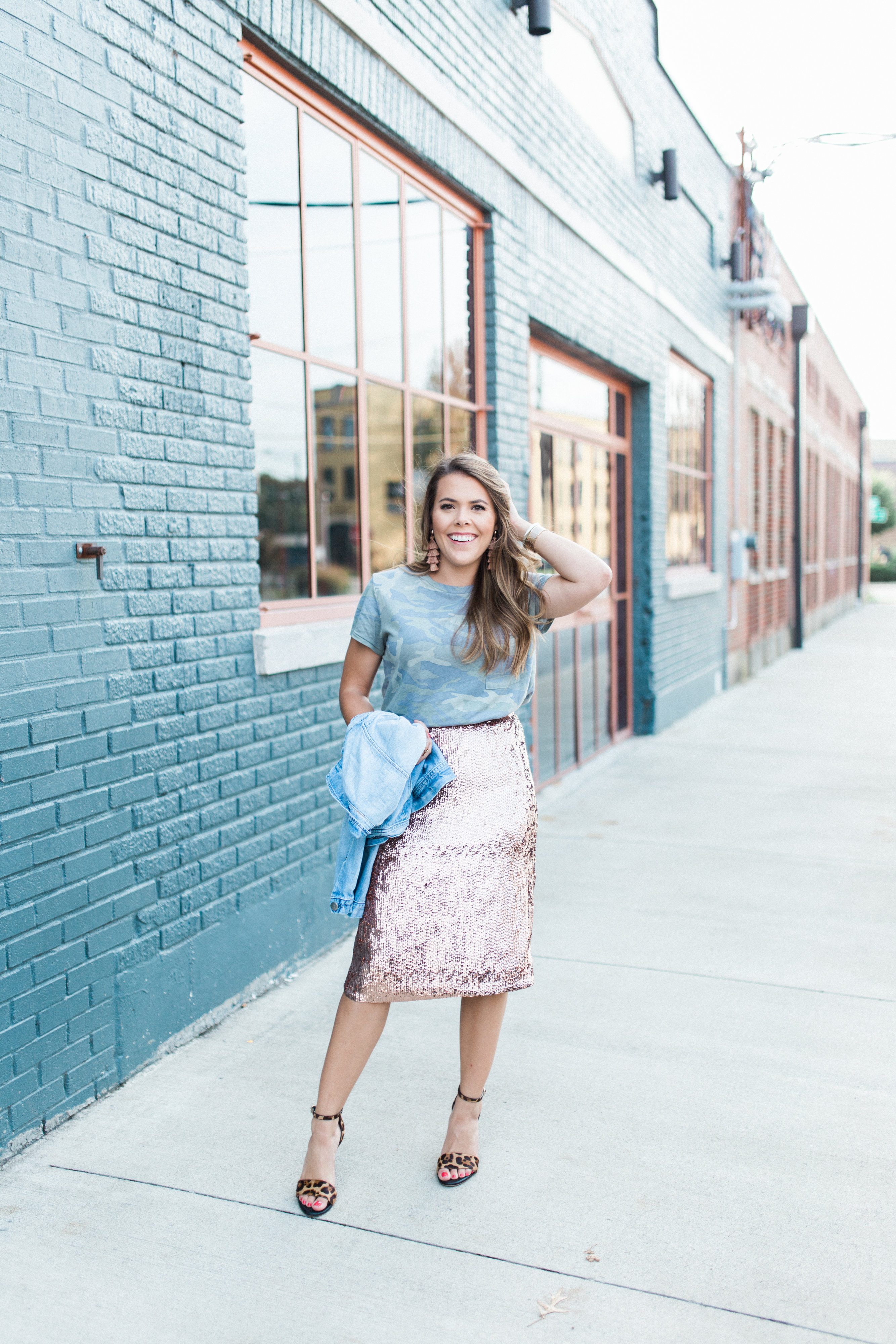fa320cb1e3 How to dress down a sequin skirt / sequin skirt for fall