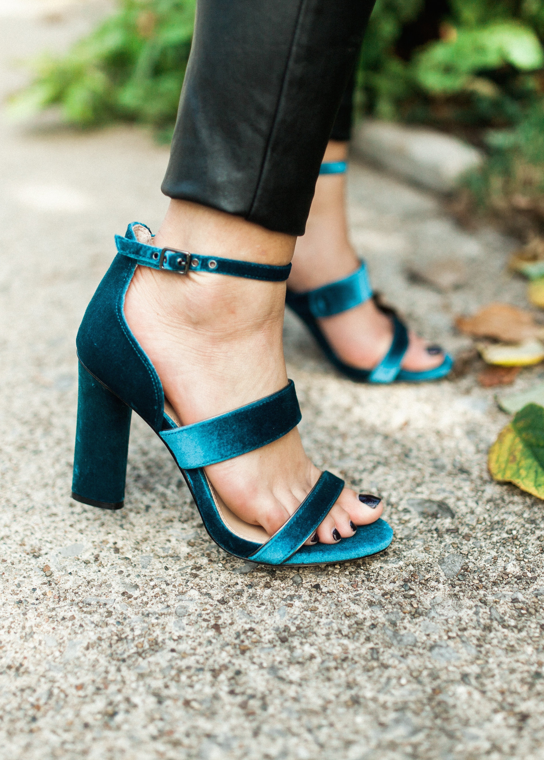 Velvet Sandals / Holiday Shoes
