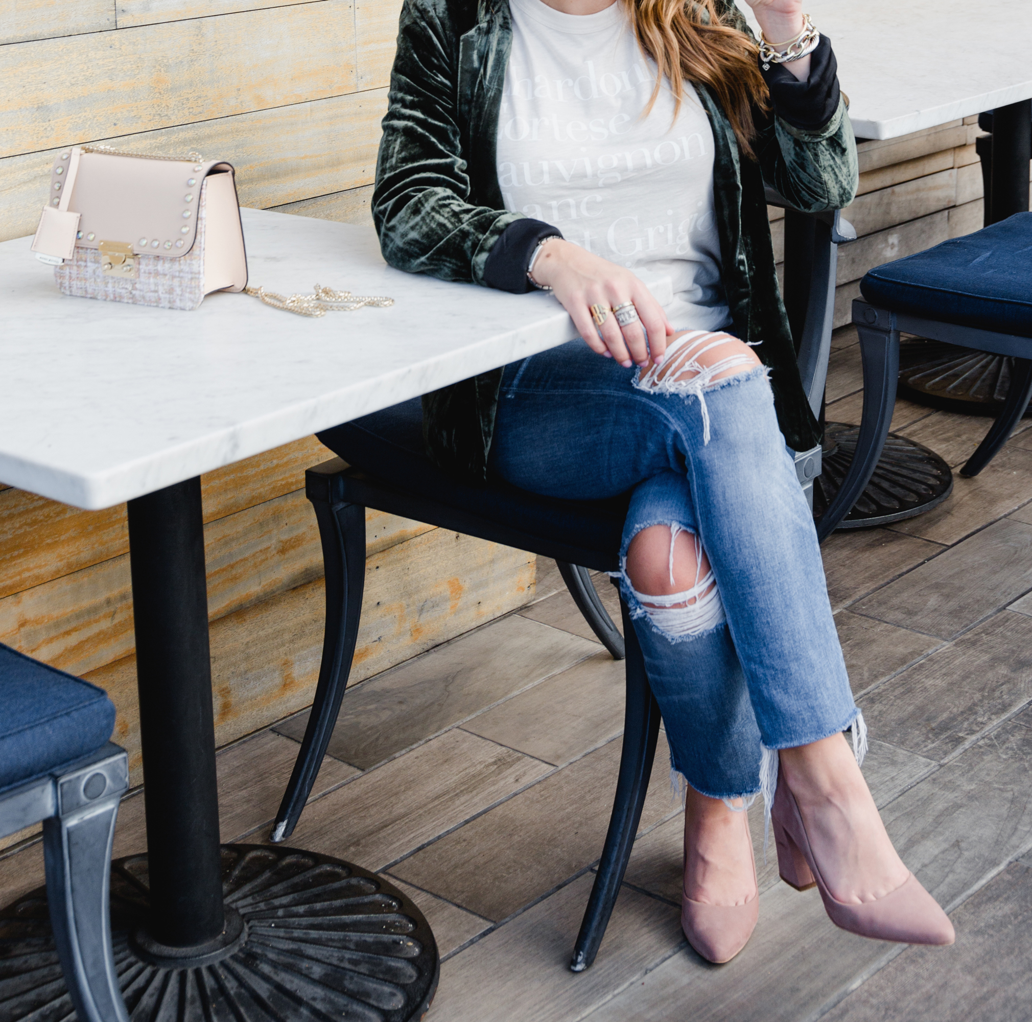 Velvet Blazer / Casual Holiday Outfit Inspiration