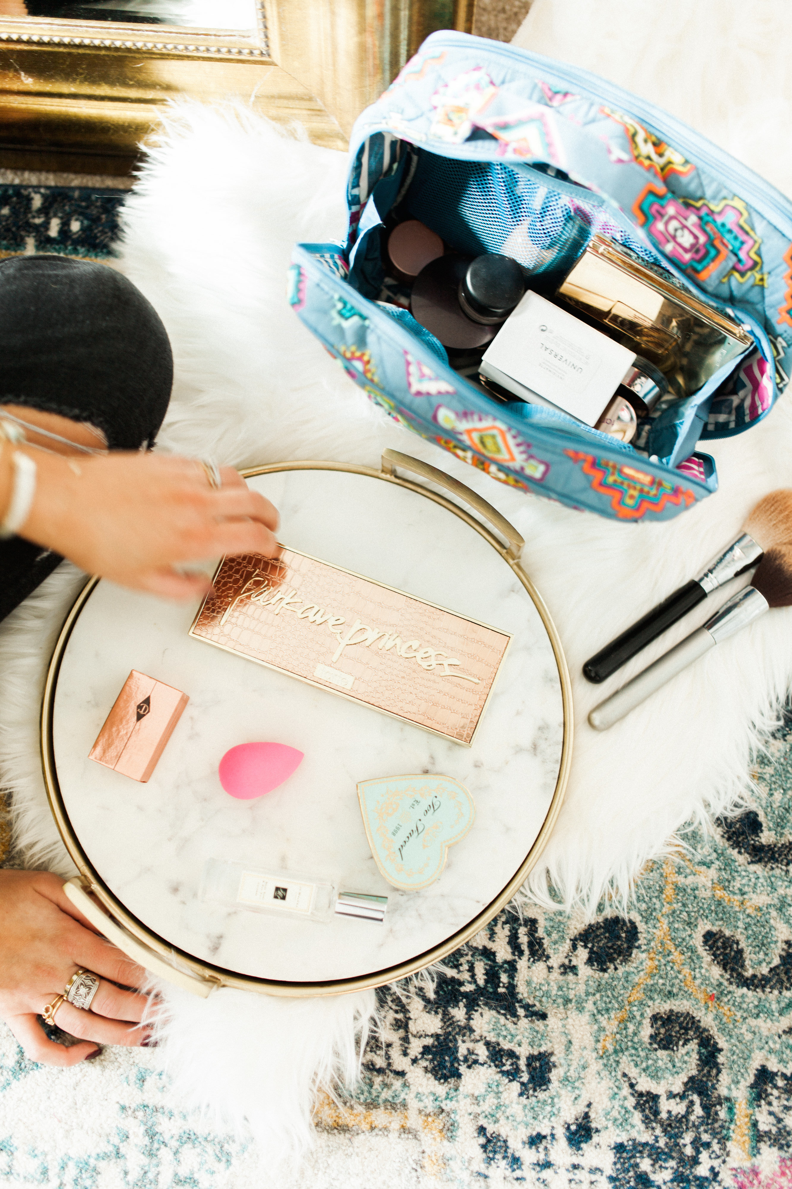 My Makeup Routine / What's in my makeup bag