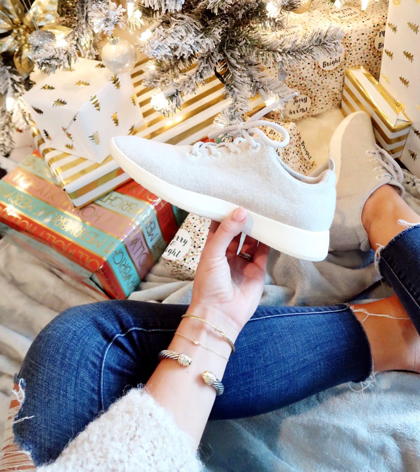 Winter Outfit Ideas / Allbirds Sneakers