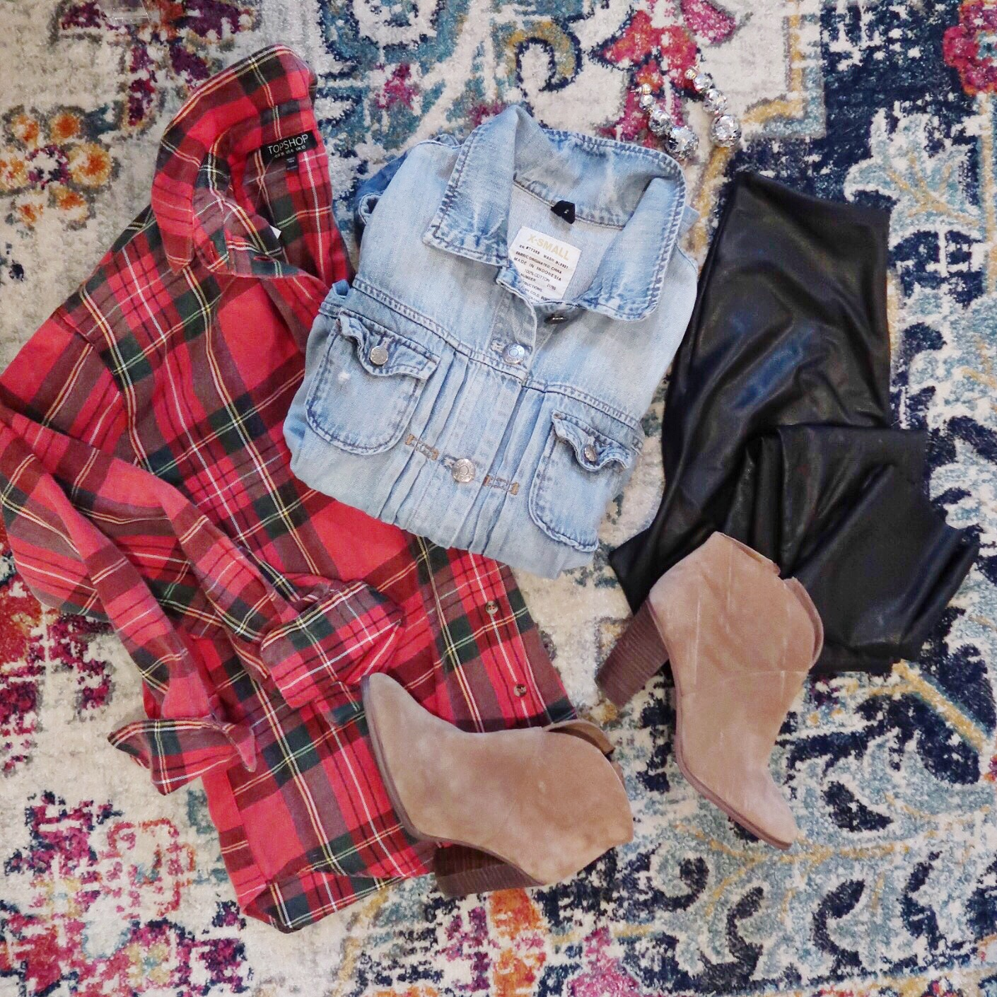 Winter Outfit Ideas / Red Plaid Top