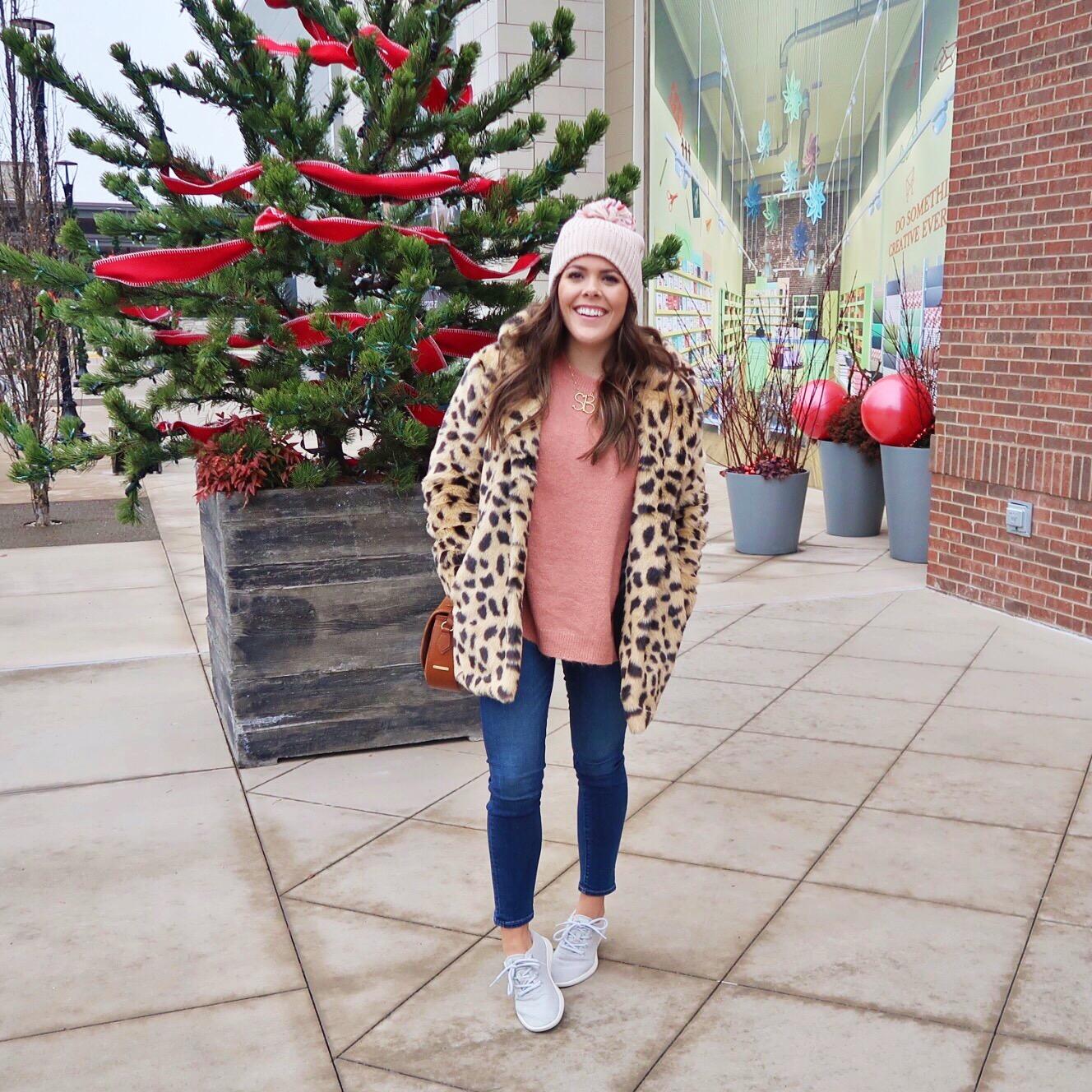 Winter Outfit Ideas / Faux Leopard Coat