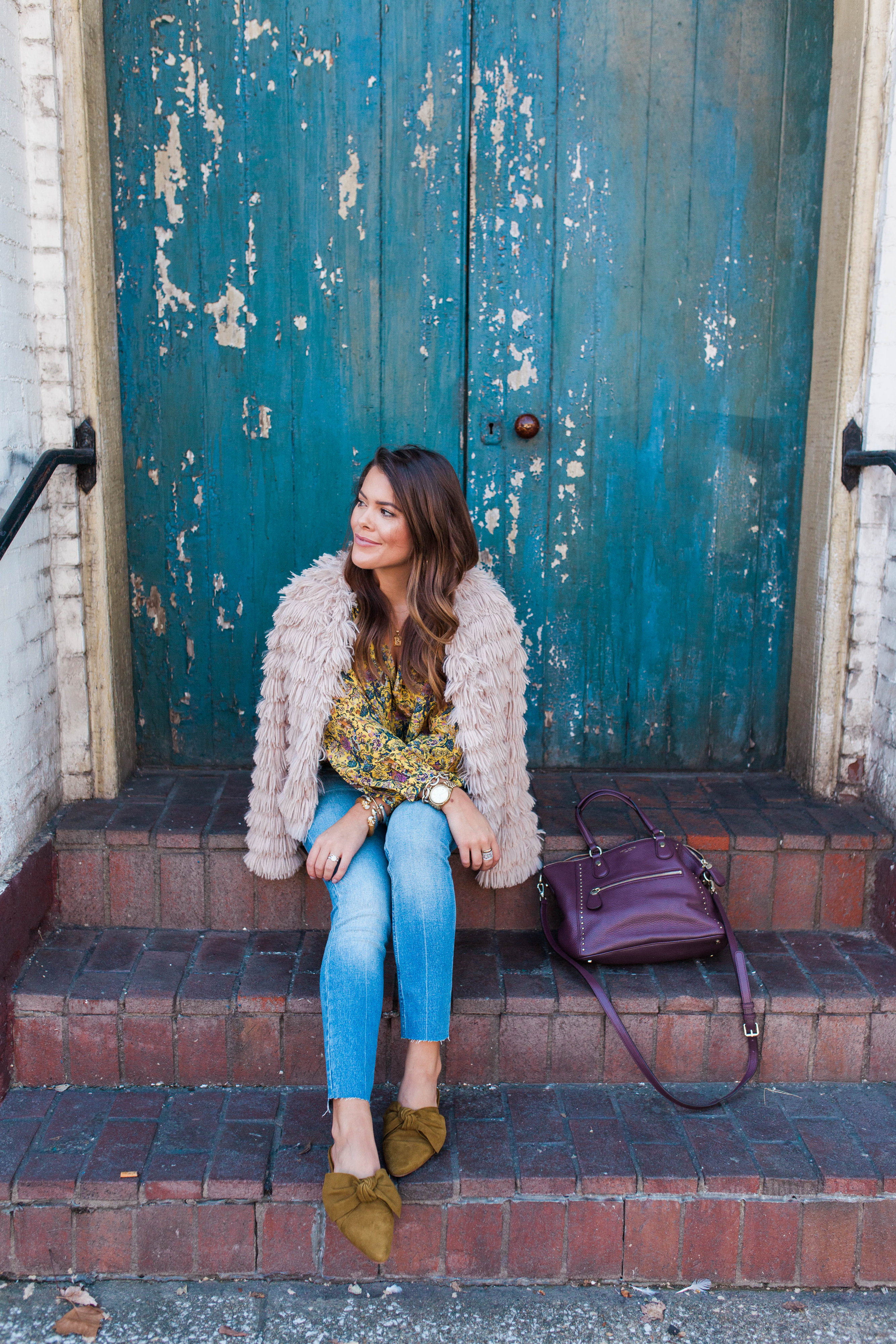 Fun fall outerwear / Fall floral blouse