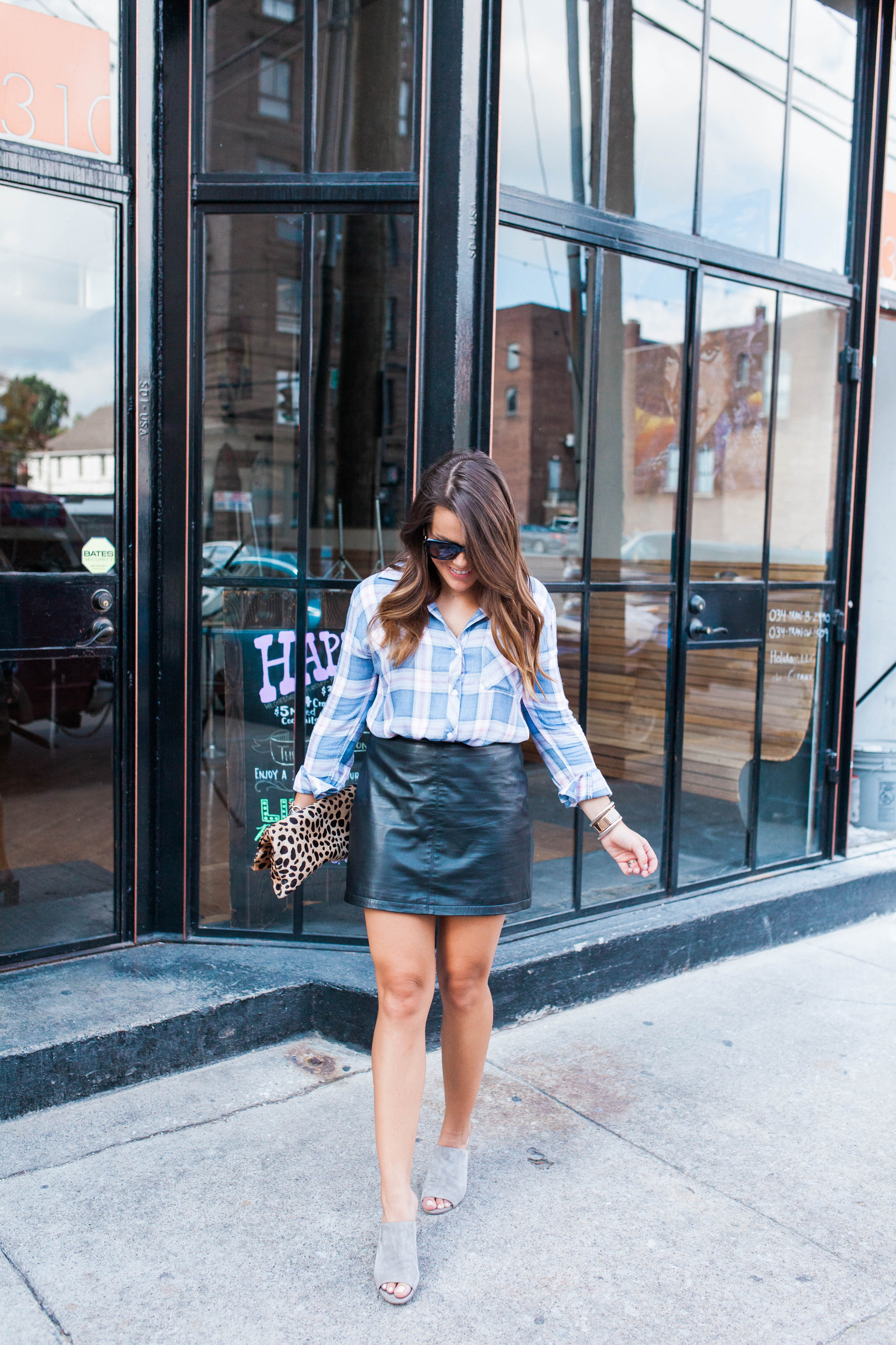 The BEST leather skirt / How to style a leather skirt for fall